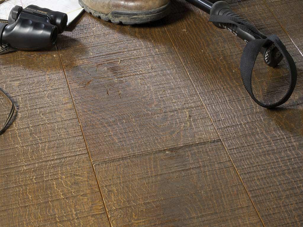 chepstow-sawn-bronzed-oak
