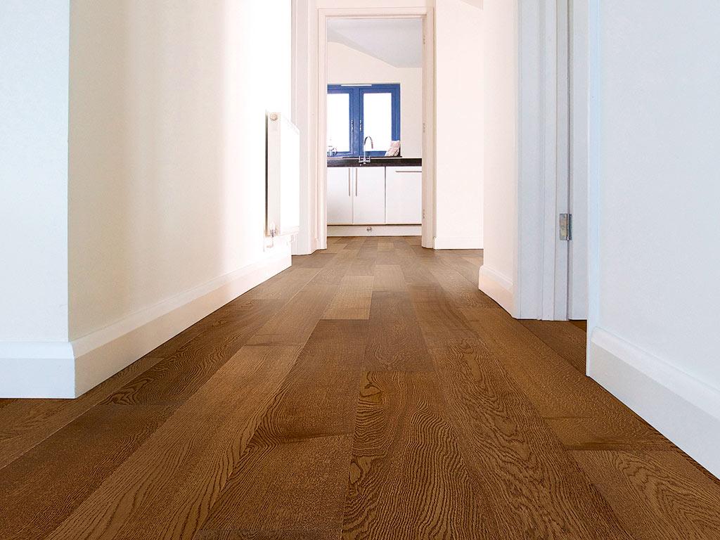 oak flooring in hall way